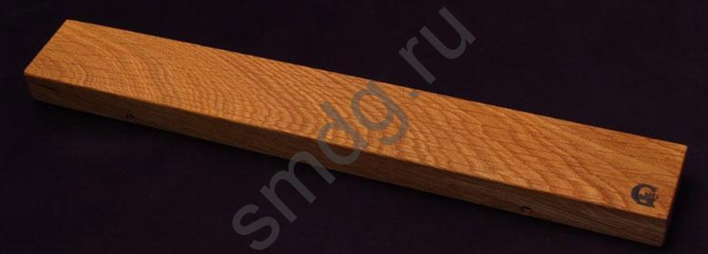 Магнитный держатель для ножей. Материал дуб, неодимовые магниты.